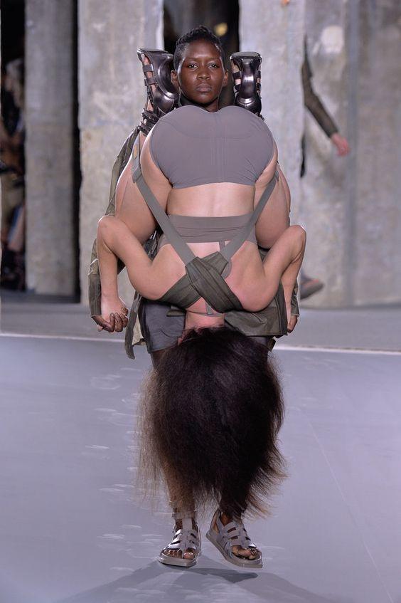 1060075108cbf34766c85b91d67a1a7e--rick-owens-paris-fashion-weeks.jpg