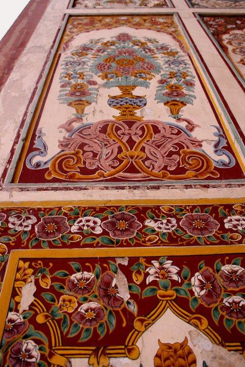 _Mughal_Naqashi_Detail_-_Badshahi_Mosque_2C_Lahore_140310184652012003.jpg