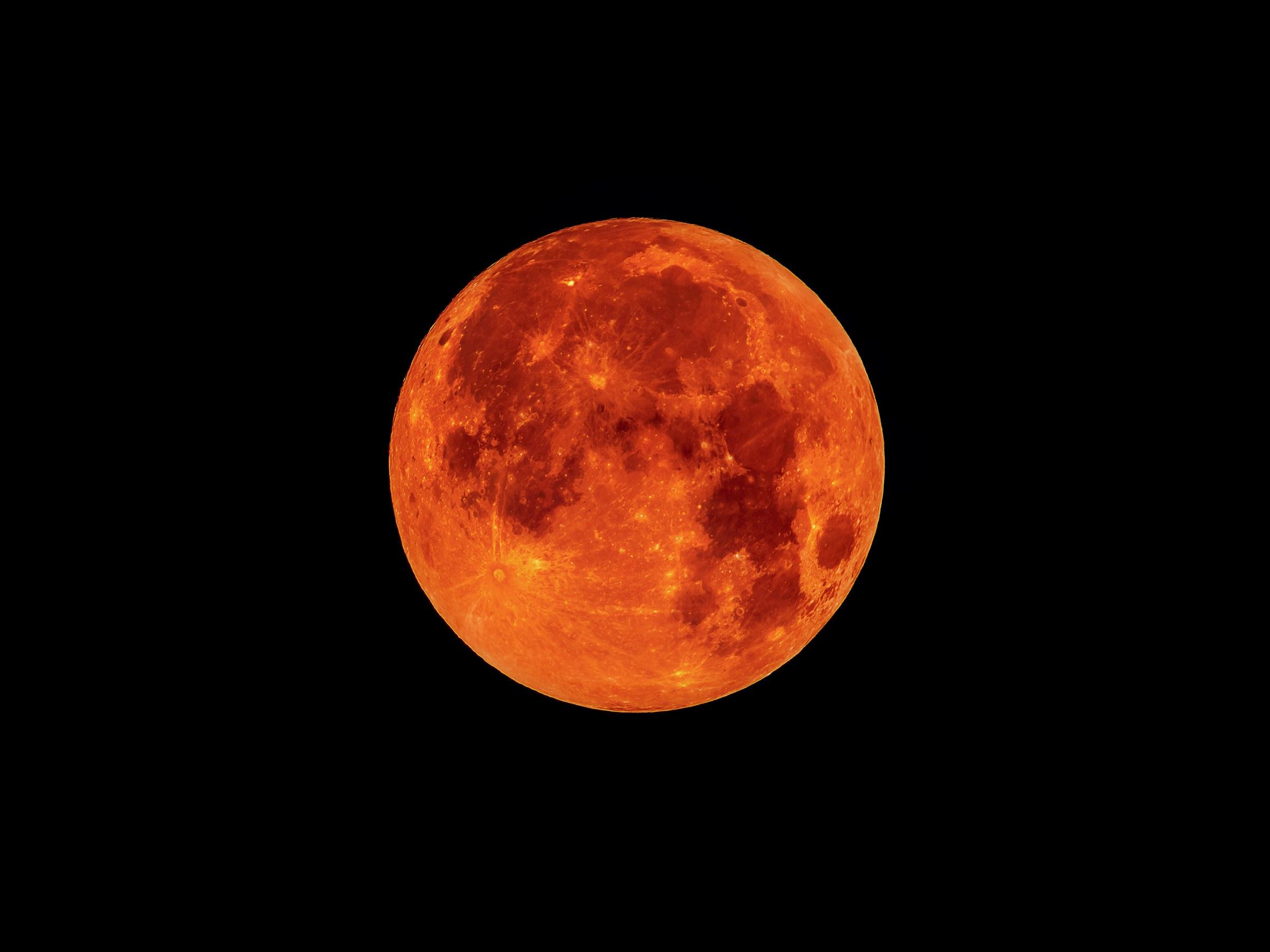 Blood-Moon-586081787.jpg