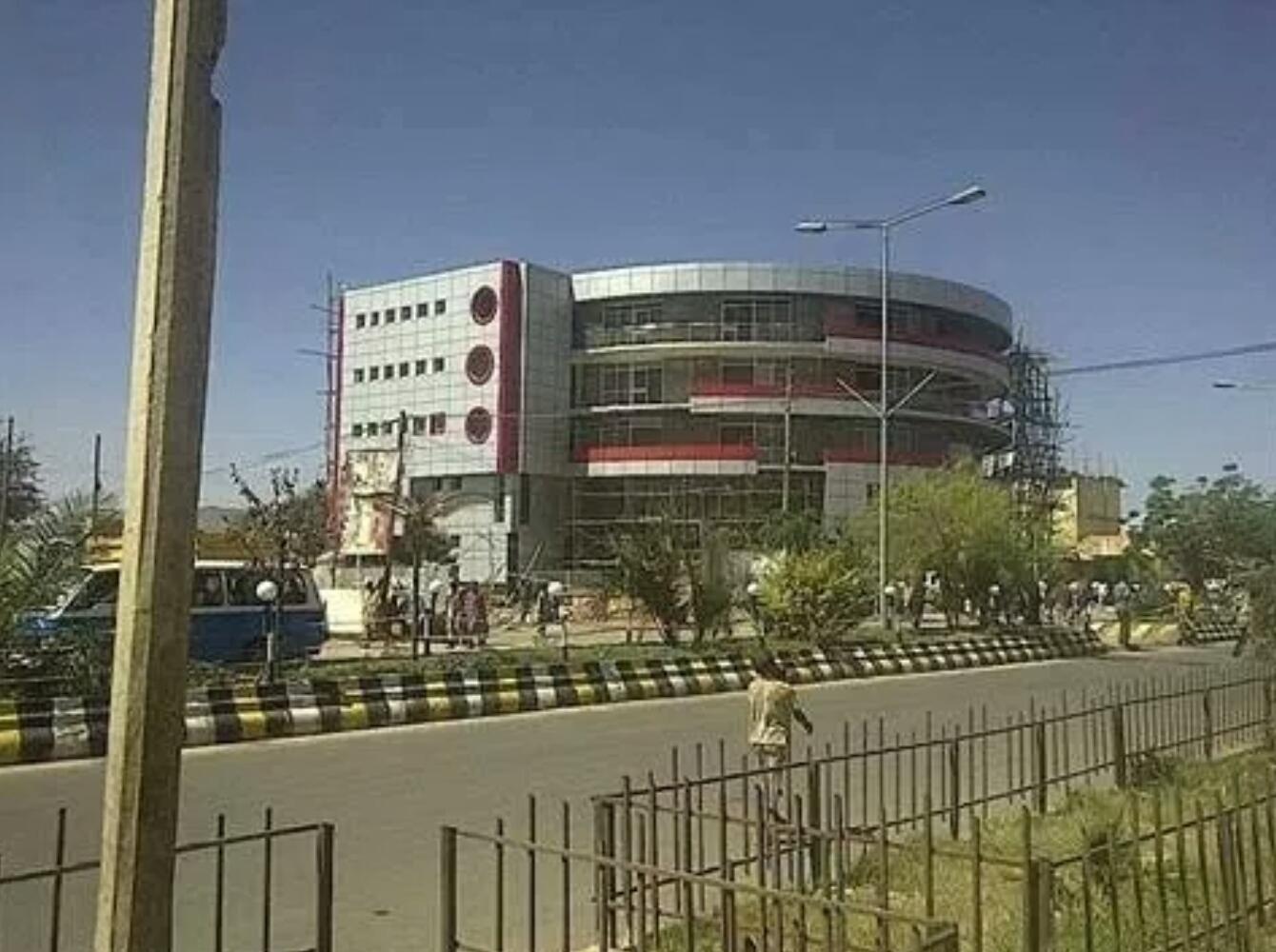 Beautiful building Jigjiga | Somali Spot | Forum, News, Videos